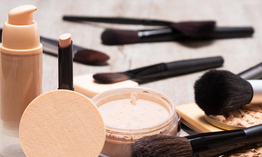 Kosmetyki - co, kiedy wyrzucić?