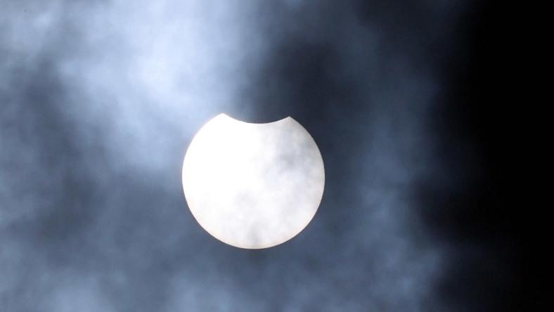 Częściowe zaćmienie Słońca widziane z Zakopanego