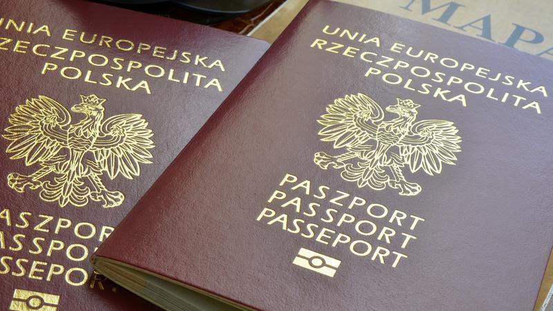 Polskie paszporty