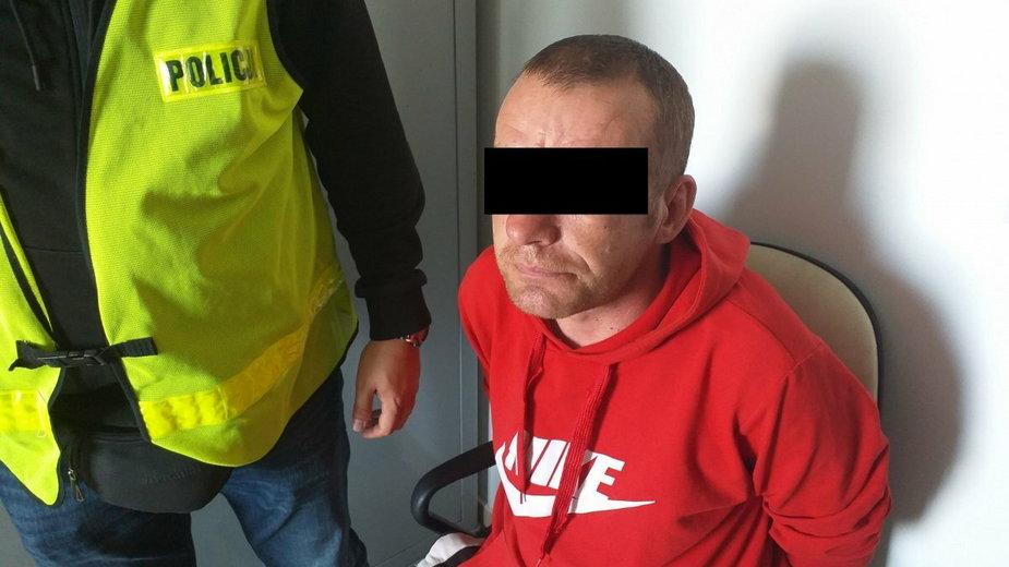 Lublin: Awantura podczas libacji alkoholowej. 38-latek dźgnął nożem brata