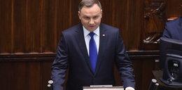 Zdjęcie Dudy szybko usunięte z profilu Kancelarii Sejmu. Bo było niewygodne?
