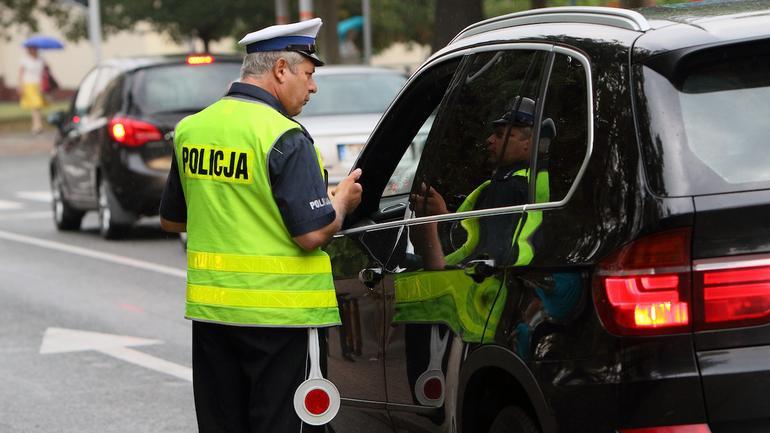 Mandat za wykroczenie drogowe