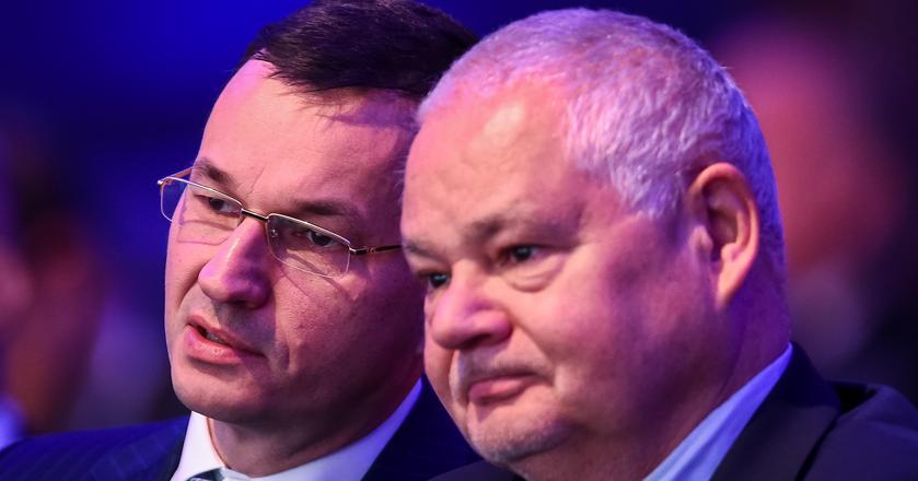 Prof. Glapiński, szef Narodowego Bank Polskiego i Mateusz Morawiecki, szef resortów rozwoju i finansów