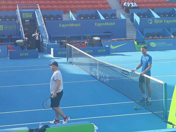 Marko Đoković na treningu sa bratom