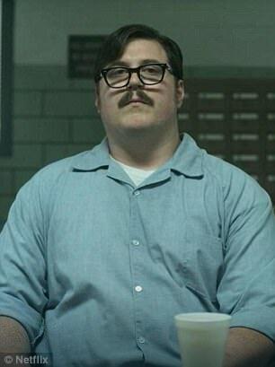 """Kempera u """"Netfliksovoj"""" seriji glumi Kameron Briton, koji neverovatno podseća na njega"""