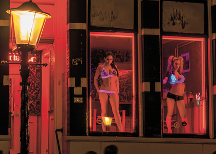 Prostytutkami strony w holandii z Serwis randkowy