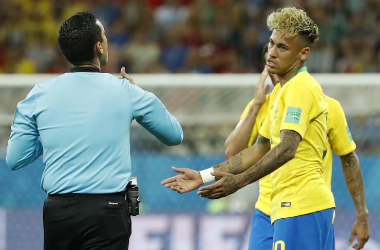 Fudbalska reprezentacija Brazila, Fudbalska reprezentacija Švajcarske