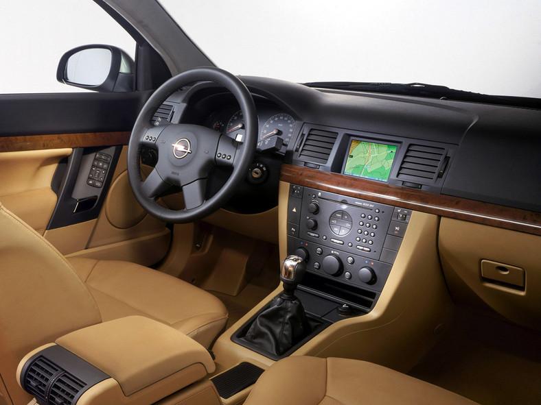 Wspaniały Opel Vectra C (2002 - 2008)- pamiętaj, kup go z rozwagą! Test i opinie EL12