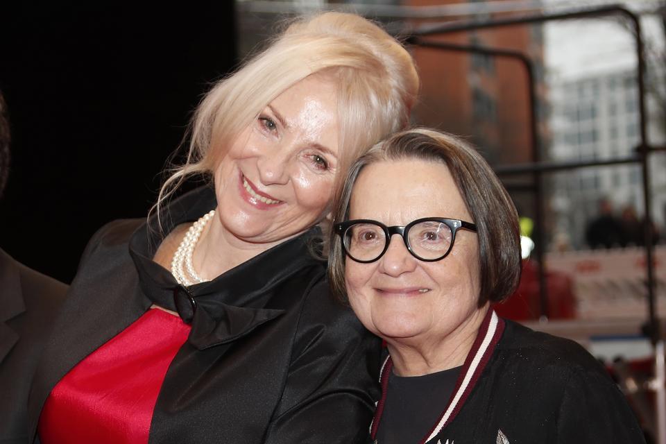 "Agnieszka Mandat i Agnieszka Holland na premierze ""Pokotu"" (2017)"