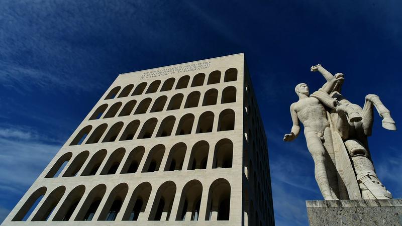 Palazzo della Civilta Italiana w Rzymie - budynek z czasów faszystowskich