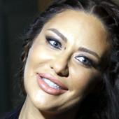 Ana Nikolić u vezi je sa biznismenom iz Crne Gore, povezivali su je sa mnogim OPASNIM MOMCIMA, a jedan joj je dao 100.000 evra za album