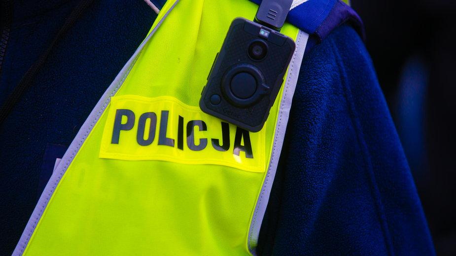 Opole: Motocyklista potrącił policjanta i uciekł. Trwają poszukiwania