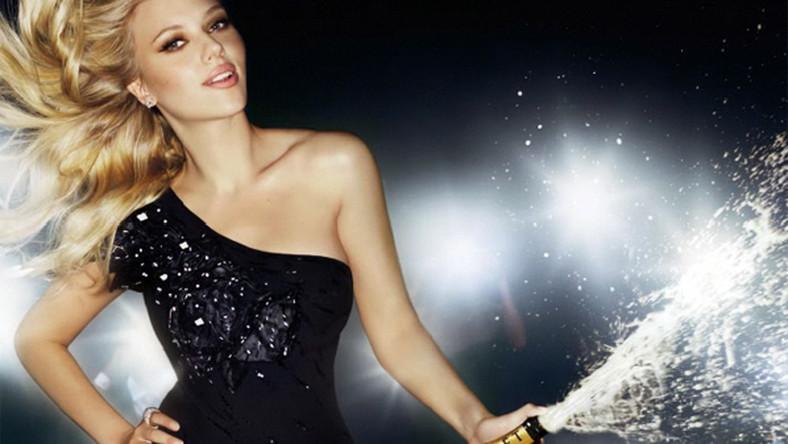 Scarlett Johansson została twarzą szampana