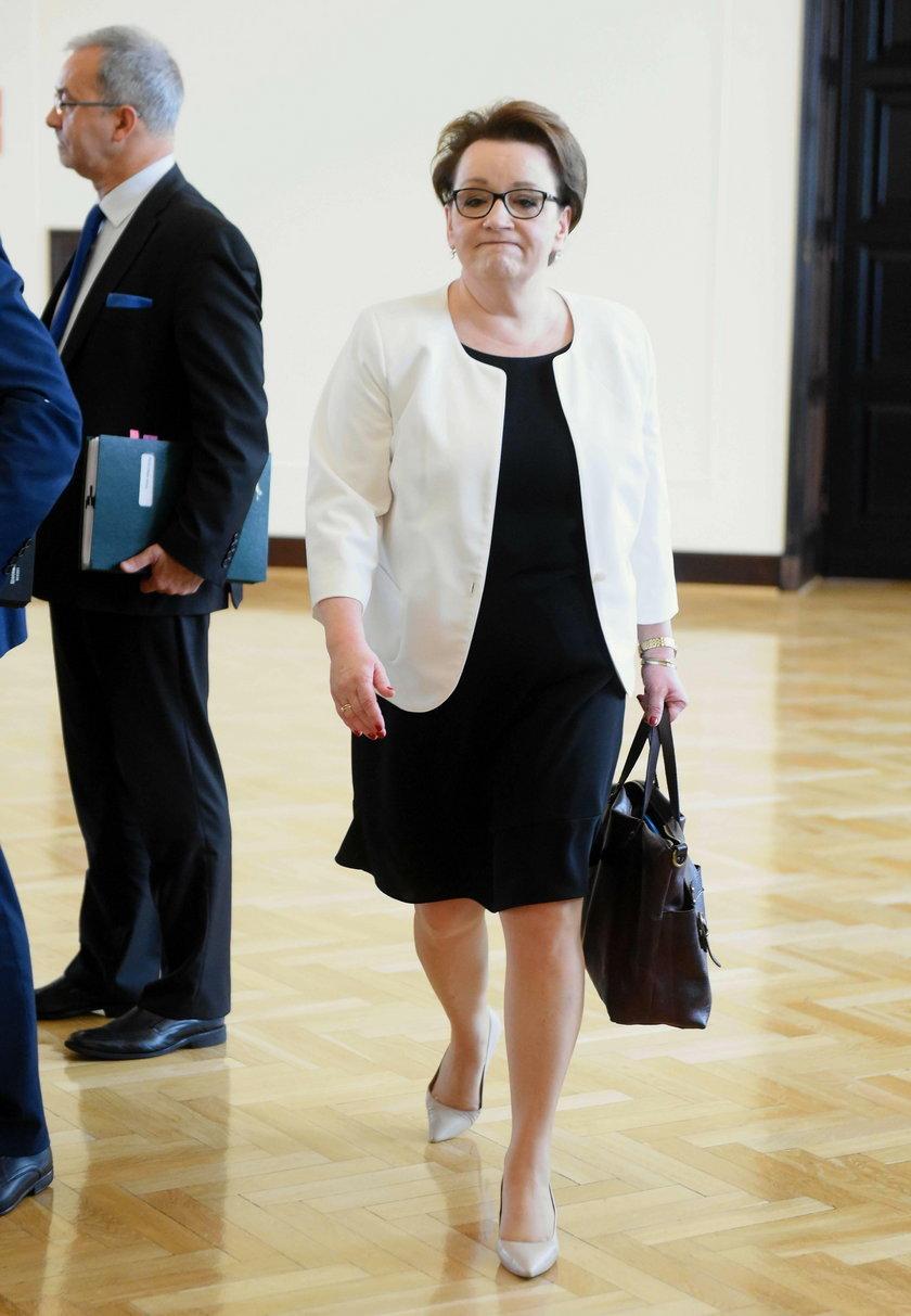 Zalewska przestanie być ministrem. Wiadomo, kto ją zastąpi