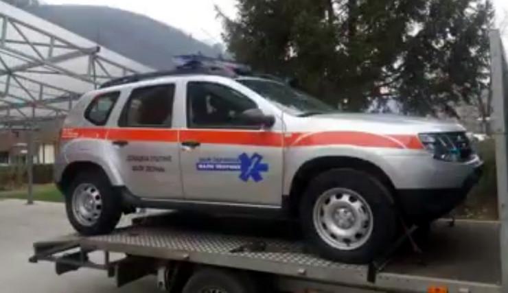 Loznica01 dom zdravlja dobio terensko vozilo lakse do pacijenata foto s.pajic