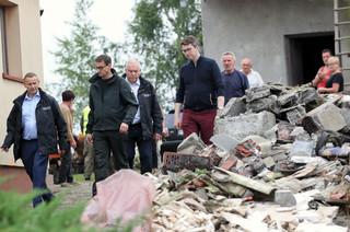 Premier zapowiada pomoc dla ofiar trąby powietrznej. Od 100 do 200 tys. zł