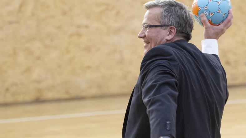 Prezydent Bronisław Komorowski podczas spotkania z zawodnikami i działaczami klubu Vive Tauron Kielce