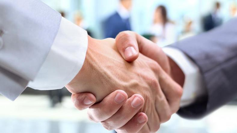 Business biznes uścisk dłoni zgoda handshake and business people