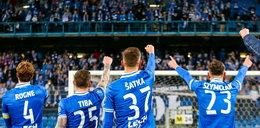 Kibice piłkarscy wspierają swoje kluby w tych trudnych czasach. Kupują bilety na mecze, których nie ma!