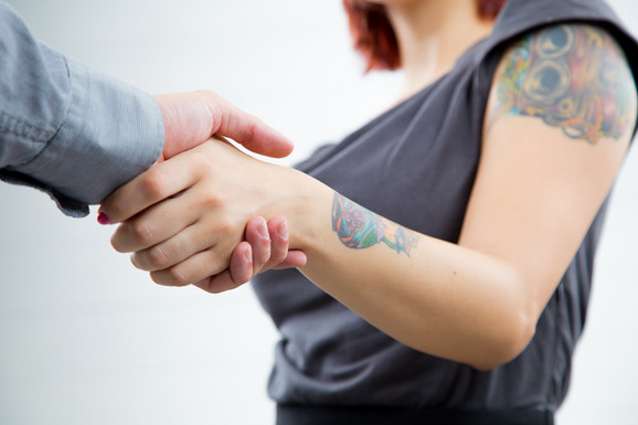 Tetovaže u poslovnom svetu, ilustracija