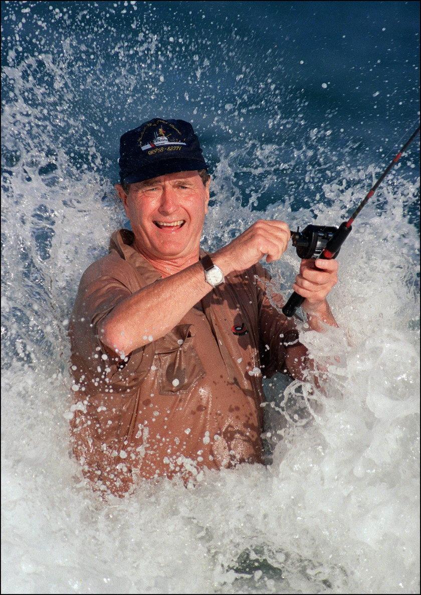 George H.W. Bush na rybach