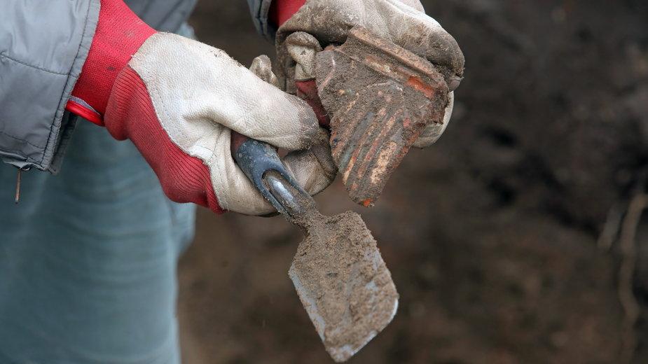 Fundamenty odkryte w Orli mogą pomóc w odtworzeniu dworu Radziwiłłów