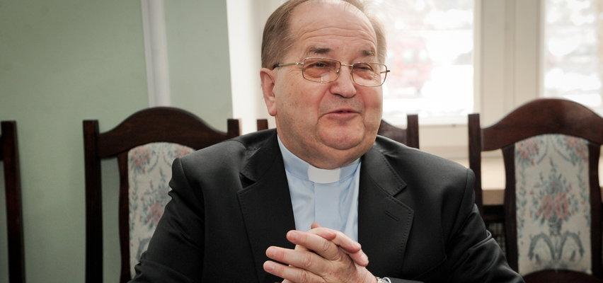 Premier hojny dla Rydzyka. Słynny zakonnik dostał od rządu prawie 3,5 mln złotych