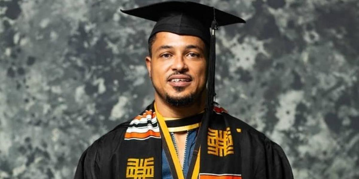 Van Vicker gets a degree 21 years after completing SHS (PHOTOS)
