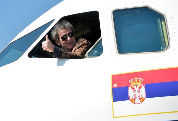 Avion je dobio naziv Miki Manojlović po predlogu Aleksandra Vučića