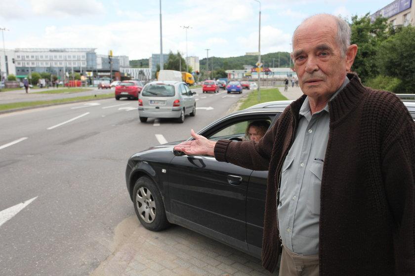 Wojciech Barysz (75 l.) pokazuje niebezpieczny odcinek