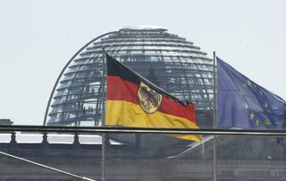 Szwedzkie media: Na niepewnej sytuacji politycznej w Niemczech mogą zyskać Polska i Węgry