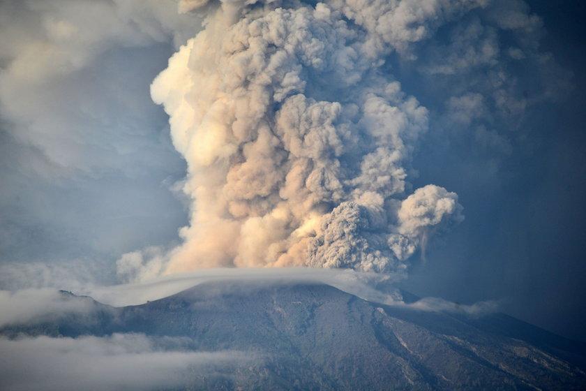 Erupcja wulkanu na Bali