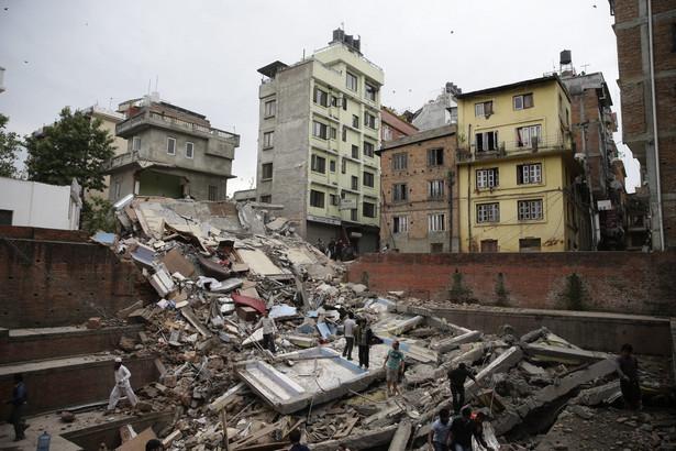 Jak relacjonują indyjskie media, nowa fala wstrząsów wtórnych spowodowała wybuch paniki w Katmandu