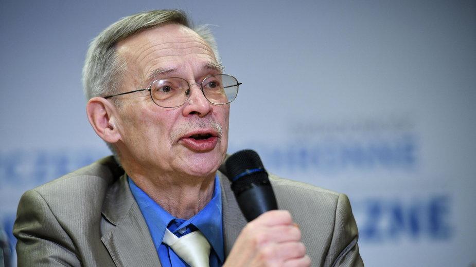 Prof. Gut o trzeciej fali koronawirusa: spójrzmy realnie na rzeczywistość