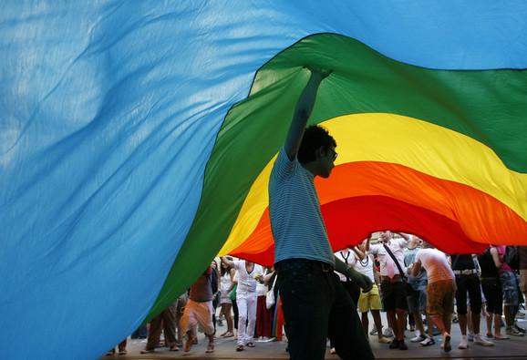 Novi Sad, kao i cela država, i dalje homofobični: Sa gej parade