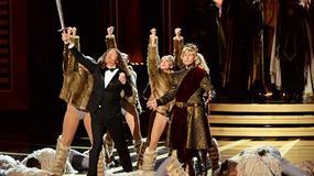 """Emmy 2014: """"Weird Al"""" Yankovic wykonuje piosenkę z serialu """"Gra o tron"""""""