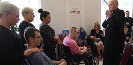 Kard. Nycz spotkał się z protestującymi niepełnosprawnymi