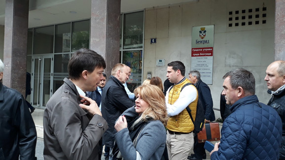 Deo opozicije ne prisustvuje sednici