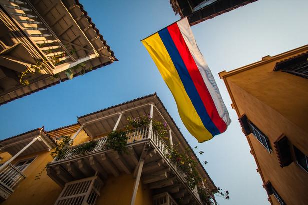 Nagroda dla prezydenta Kolumbii Juana Manuela Santosa, który próbuje zakończyć długoletnią wojnę z FARC