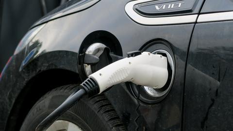 Ustawa zakłada m.in. budowę publicznej infrastruktury ładowania pojazdów o napędzie elektrycznym