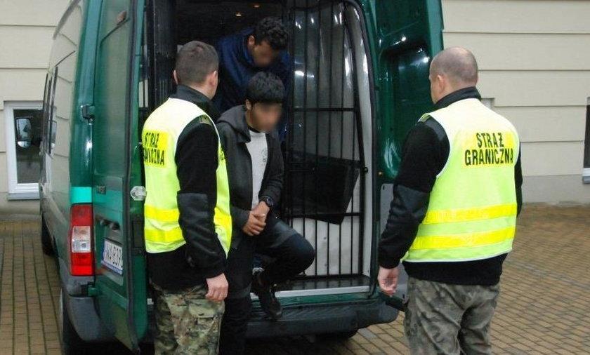 Dwóch Afgańczyków ukryło się w tirze i zostali zatrzymani pod Rzeszowem