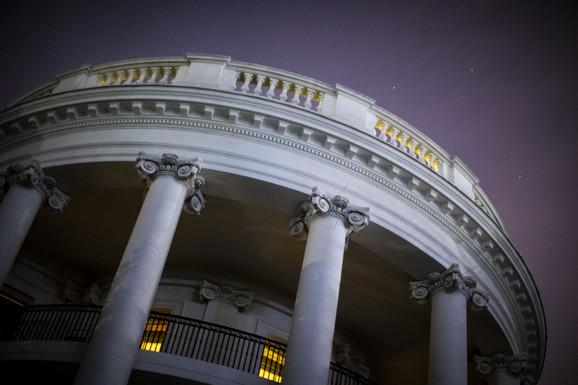 Turbulencije u Beloj kući