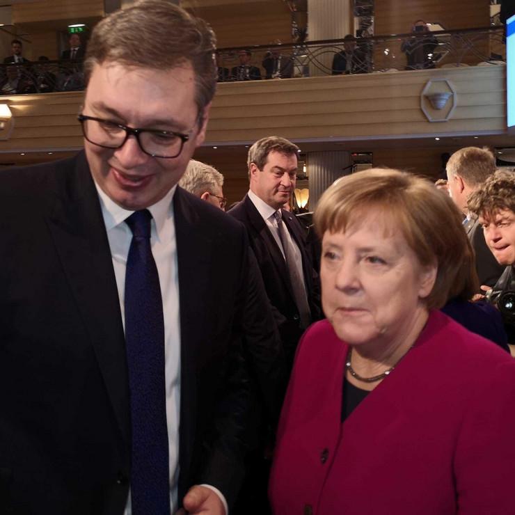 Vucic i Merkelova na bezbednosnoj konferenciji
