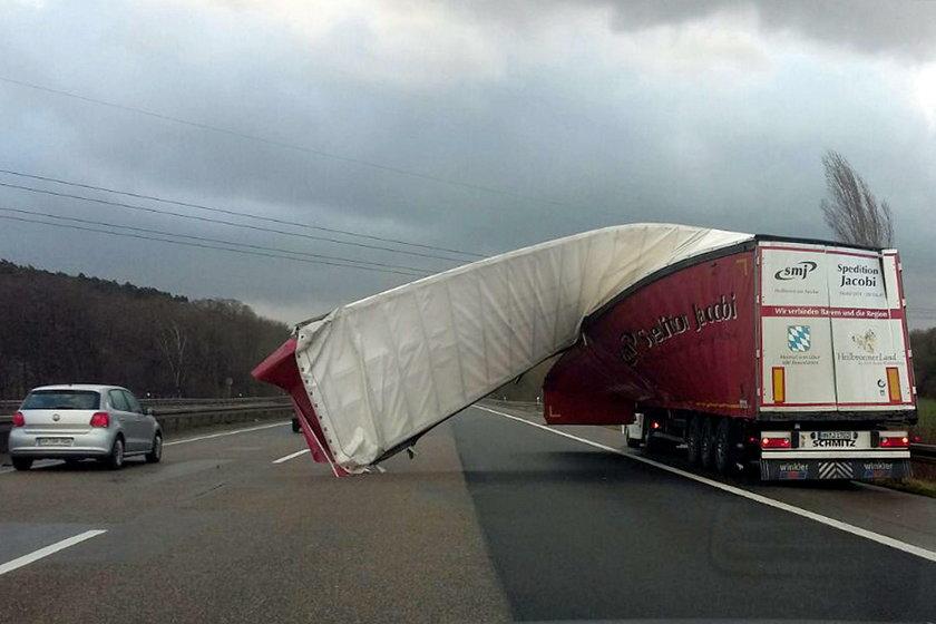 Orkan Friederike już uderzył