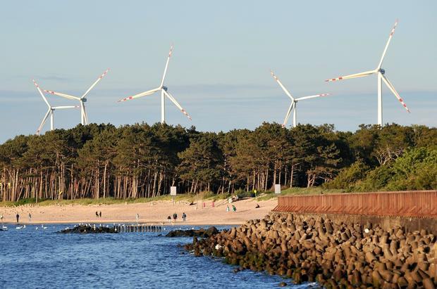 Elektrownie wiatrowe Cisowo i Barzowice w Darłowie