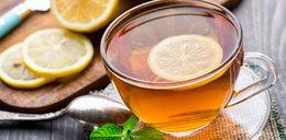 Gorąca herbata zwiększa ryzyko raka przełyku. Pod jednym warunkiem