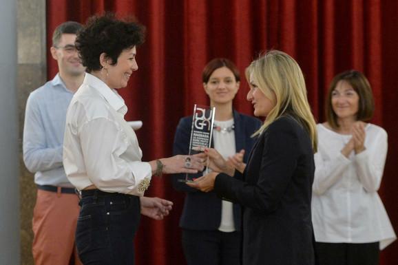 Irena dobija nagradu
