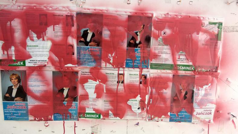 Plakaty Wyborcze Oblane Farbą Radny Podejrzewa Mariusza K