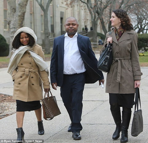Nicki Minaj's brother, Jelani Maraj has been sentenced to twenty-five years to life in prison for raping his stepdaughter. [DailyMail]