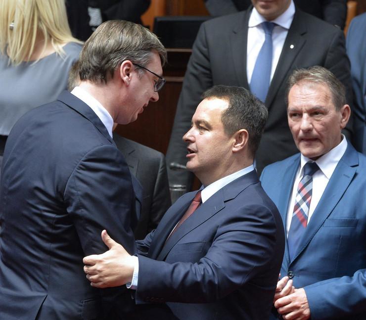 Aleksandar Vučić, zakletva, čestitanje